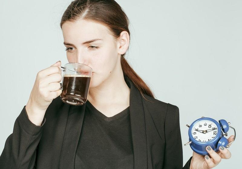 тонизирует ли кофе с молоком