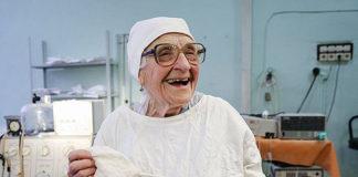 Старейший хирург в мире